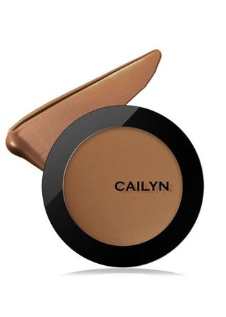 Cokelat color Wajah . Cailyn Super HD Pro Coverage Foundation 08 Mission -