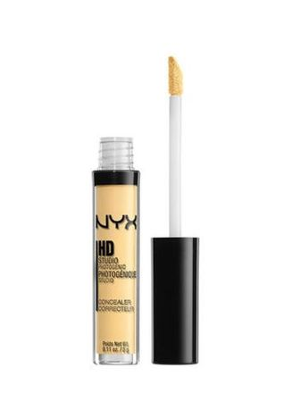 Yellow color Face . NYX HD Photogenic Concealer Wand - CW10 Yellow -