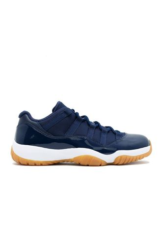 Casual Shoes . Air Jordan 11 Retro Low -