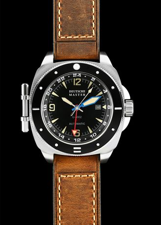 Khaki color Analog . DM1936 Men's Watch Navy / U-3002-BLK -