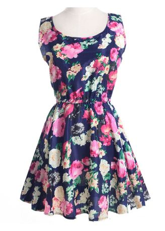 สีกรม color เดรส . Sleeveless Printed Dresses -