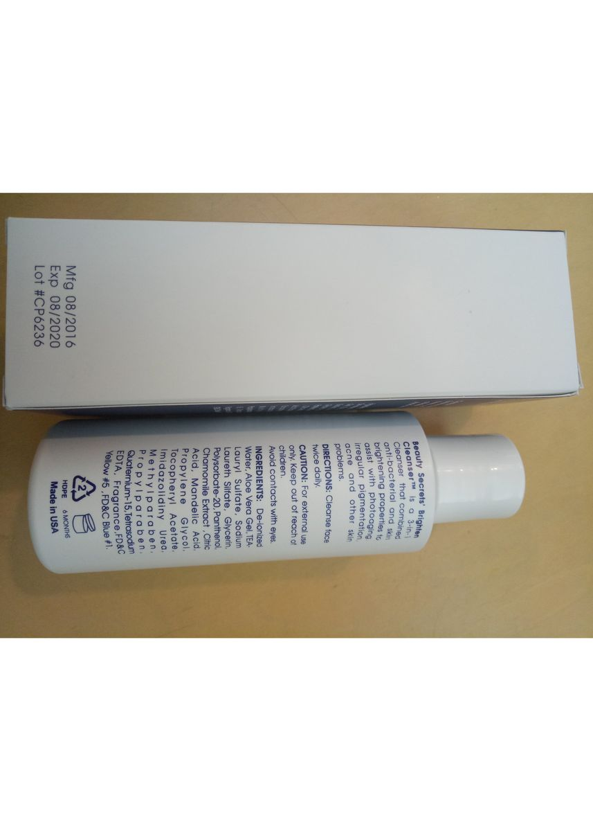 No Color color Whitening & Brightening . Mandelic Acid Brighten Cleanser 120ml -