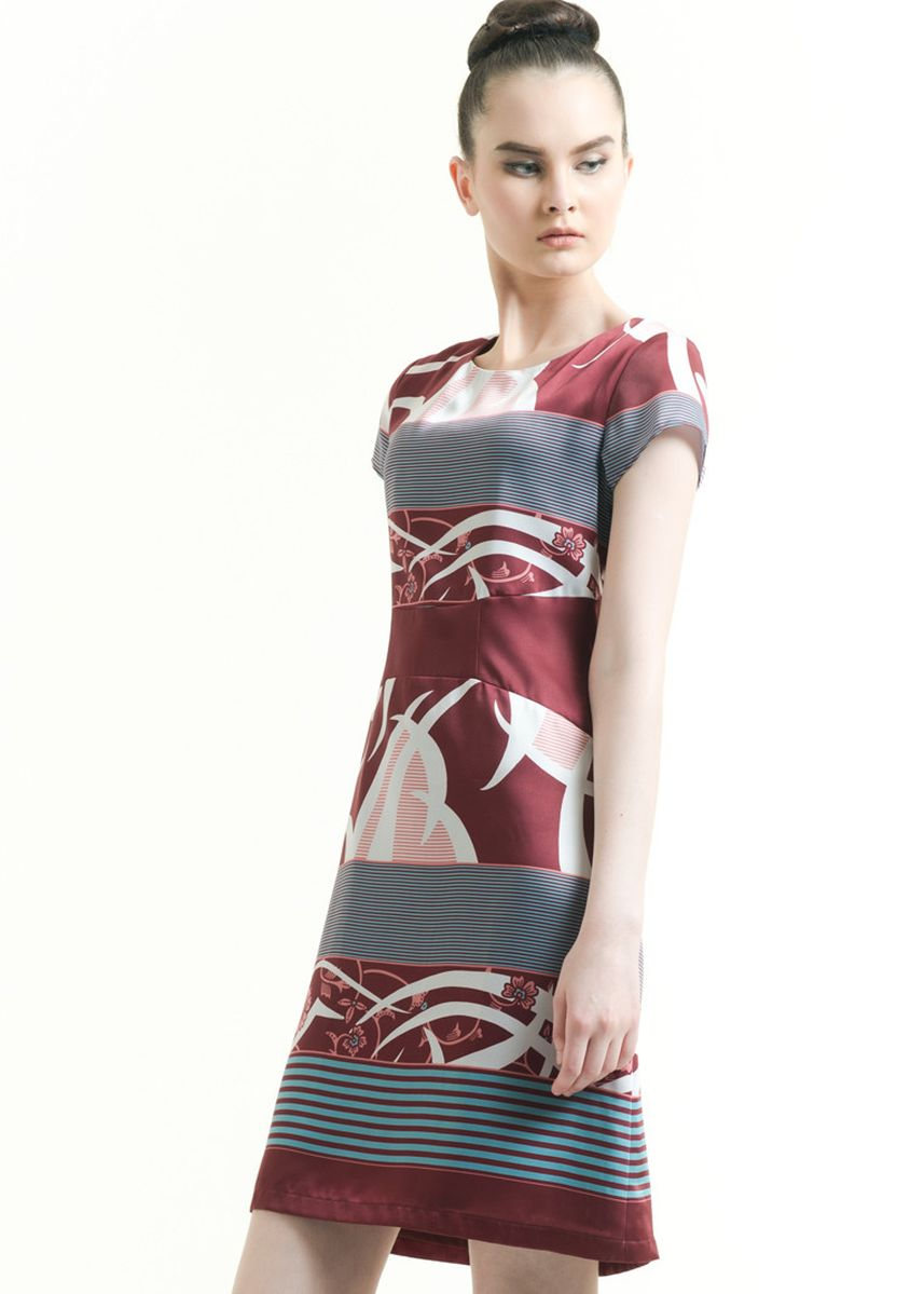 Maroon color Dresses . Short Sleeve Cotton Print Drees -