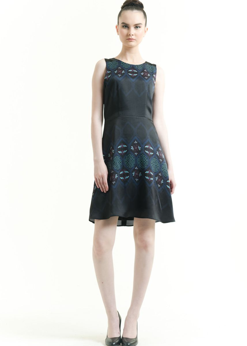 Black color Dresses . Sleeveless Cotton Print Dress -