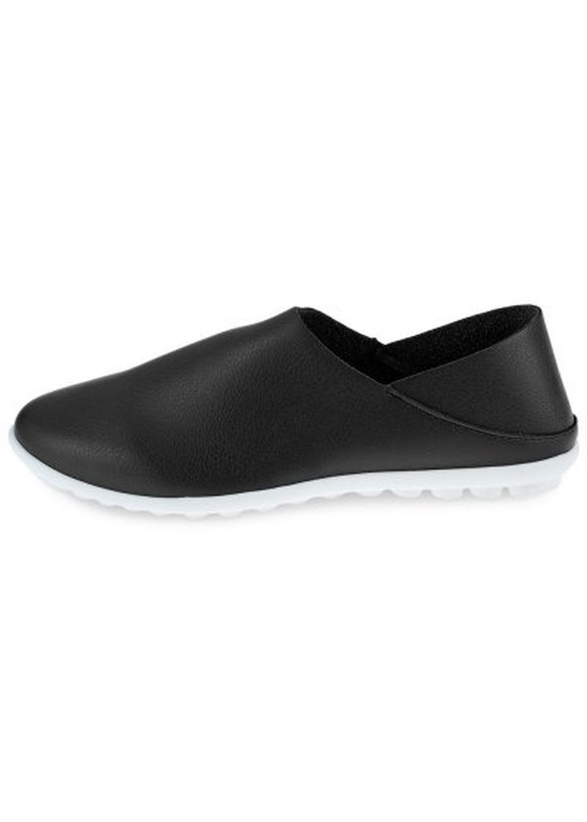 Black color Casual Shoes . Pure Color Leather Pointed Toe Slip On Male Casual Shoes -