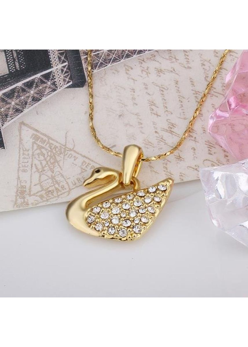 Gold color  . Bella & Co Lady Animal Necklace LKN18KRGPN597 Gold Plated Aksesoris Perhiasan Kalung -