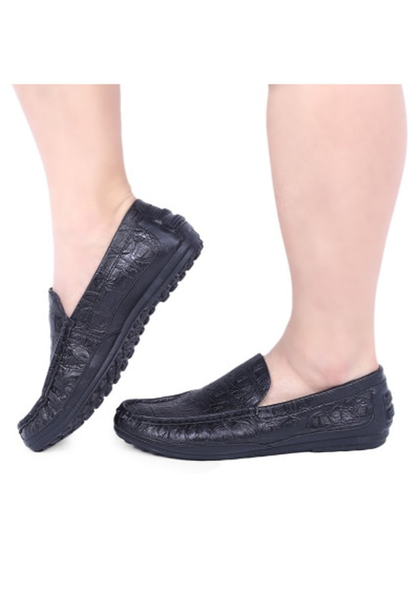 Black color Casual Shoes . Stylish Alligator Pattern Design Male Breathable Slip On Shoes -