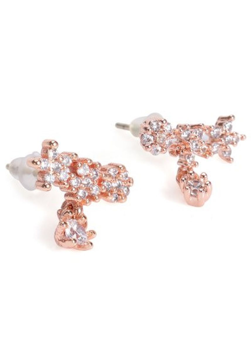 Gold color  . Pair of Sweet Rhinestoned Floral Shape Earrings For Women -