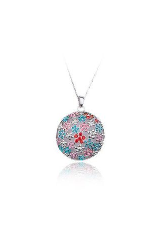 เงิน color  . Plum Blossom Pattern Crystal Embellished Pendant Necklace for Women -