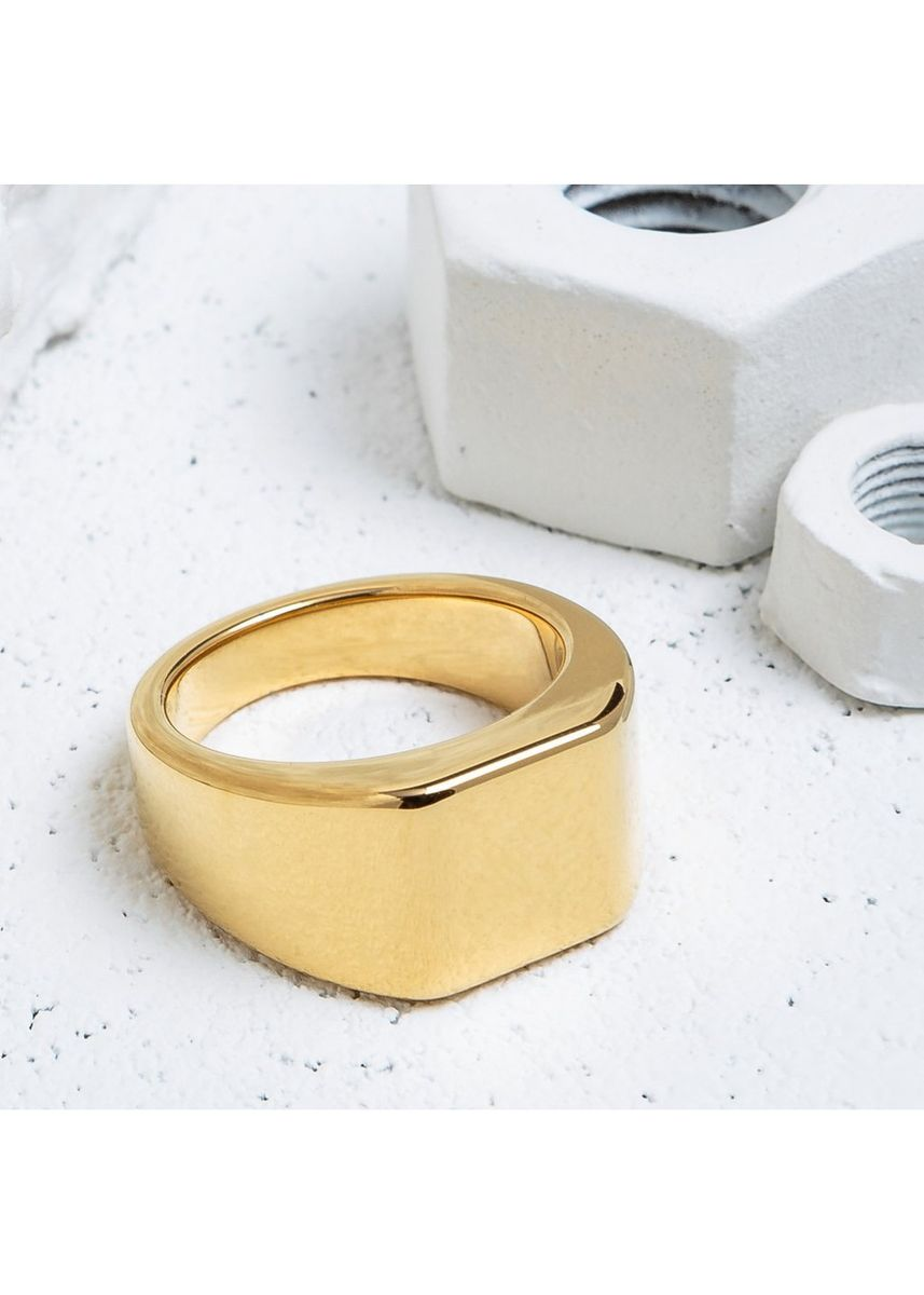 Gold color Rings . Vitaly Lourd Heavy Square Ring - Size 11 -