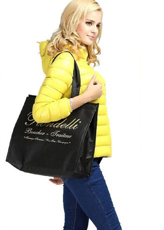 Black color Hand Bags . High Quality Black Insulated Bag -