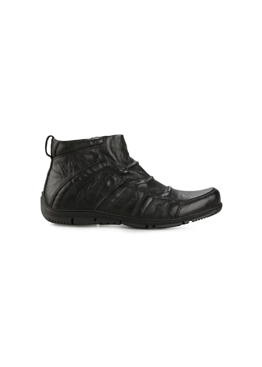 Hitam color Sepatu Kasual . GINO MARIANI RAYMOND Exclusive Genuine Leather Casual Men's Shoes -