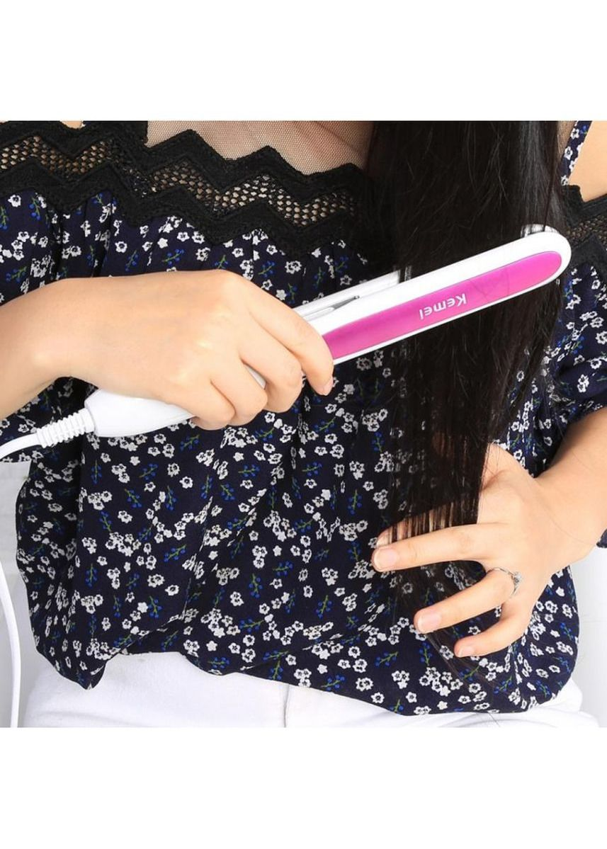 Pink color Brushes . KEMEI KM-532 Professional Hair Straightener - Styler with Temperature Adjustment -