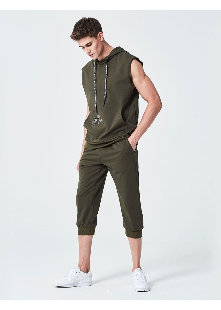 Green color Sports Wear . Men's sportswear set -