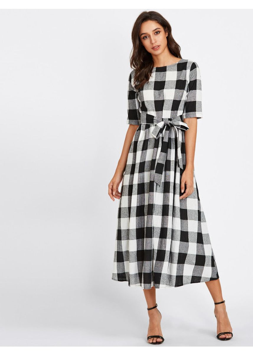 Black color Dresses . Black Buttoned Keyhole Self Tie Checkered Dress -