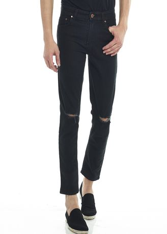 Hitam color Celana Jeans . 2Nd Red Celana Jeans Sobek-Ripped Jeans Slim Fit  Premium Hitam 133240 -