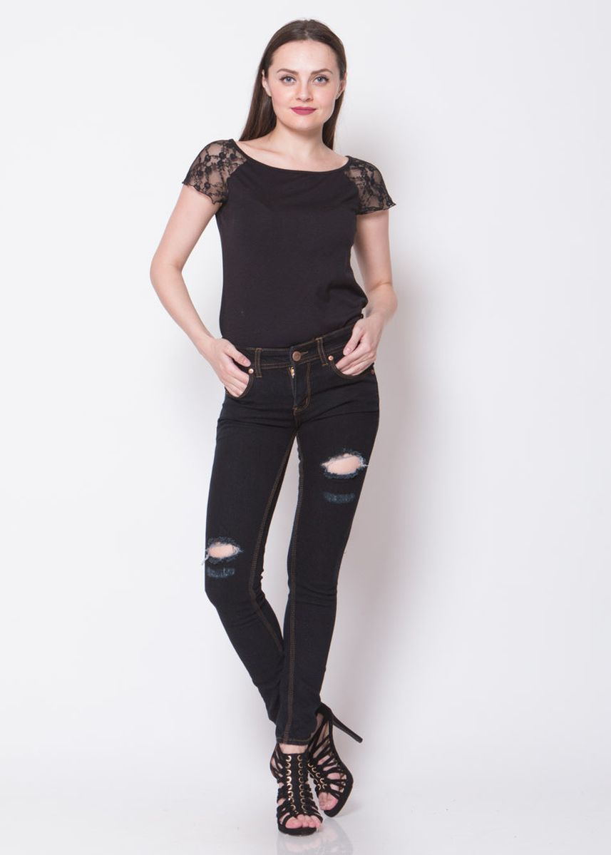 Black color Jeans . 2Nd RED Celana Jeans Wanita Ripped Slim Fit Hitam 233283A -