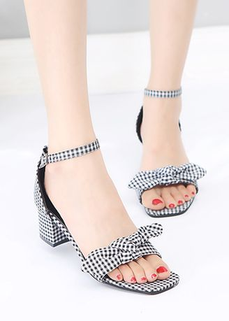 Multi color Sandals and Slippers . Thick Buckle Bow Sandals -