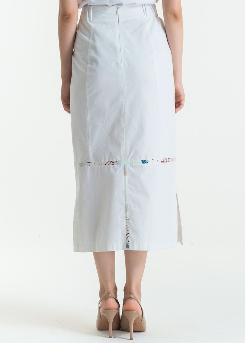 White color Skirts . Long Skirt Cotton Print FL014G-SS18 -
