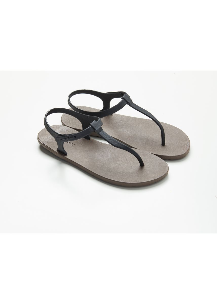 Black color Sandals and Slippers . รองเท้าแตะ รัดส้น -