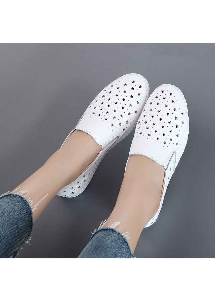 White color Casual Shoes . Women Casual single shoes flat Small leather shoes -