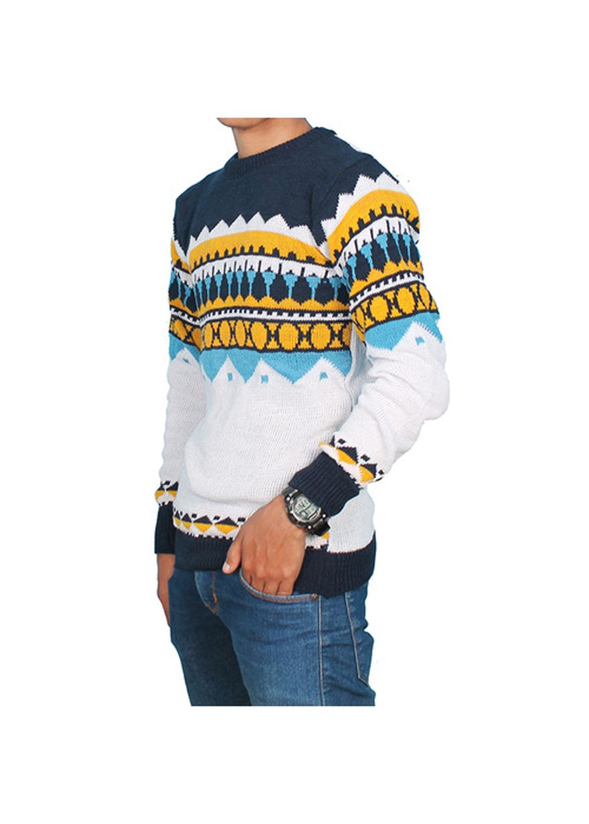 White color Sweaters . SWEATER KNITWEAR RAJUT NAZ WHITE -