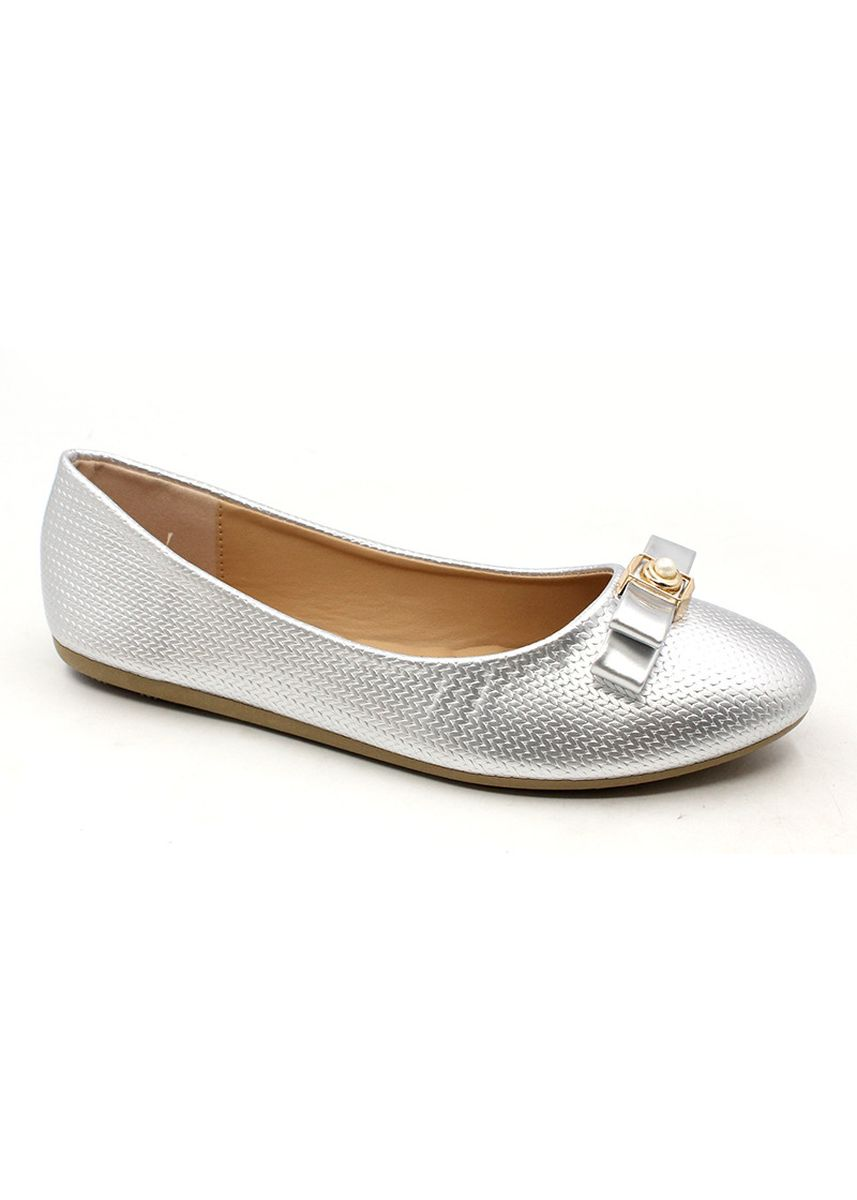 Silver color Casual Shoes . Patent Leather Slip On Shoes With Bow And Bead -