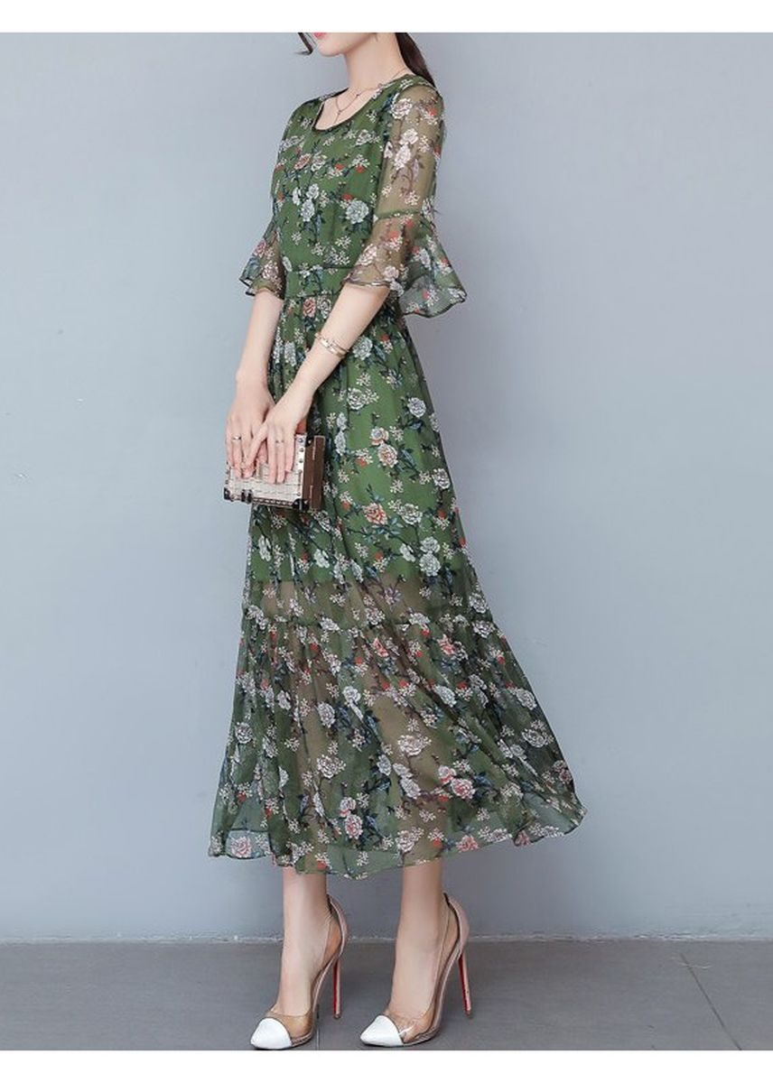 Green color Dresses . Chiffon Printing Flare Sleeve Dress -