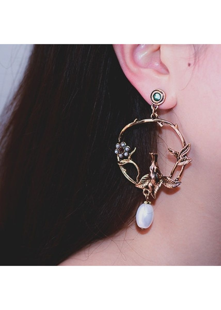 ทอง color  . MISSYJO New Design Elegant Vintage Style Little Bird With Pearl Earrings -