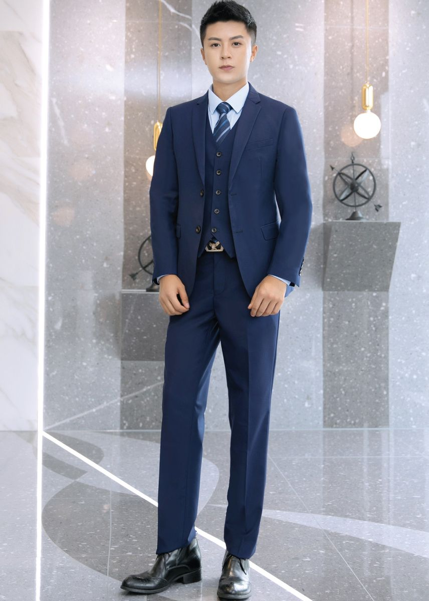 สีกรม color ชุดเสื้อผ้า . Men's 2 button design 2 piece suit (suit + pants) 3 colors -