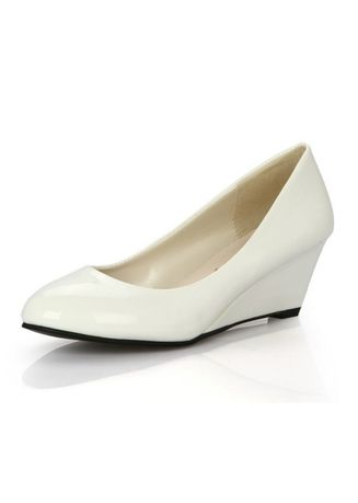 White color Casual Shoes . Round Shallow Mouth Round Shoes -
