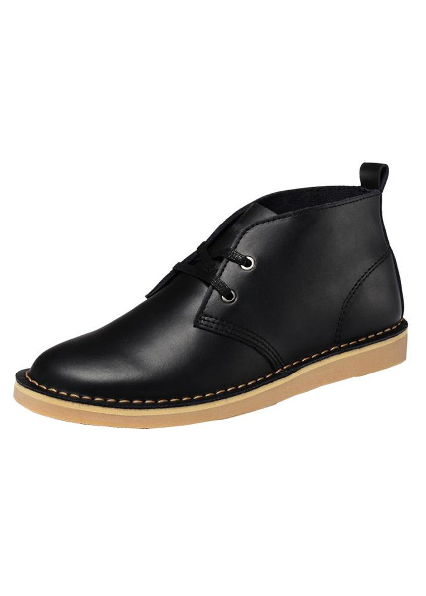 Black color Boots . Men's British Style Leather Ventilate Boots -