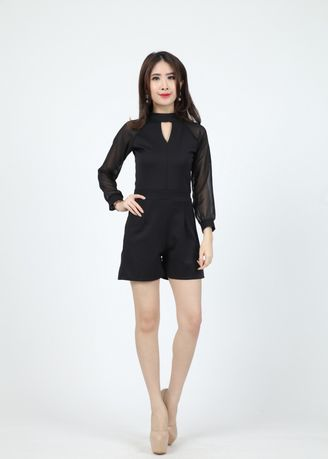 Hitam color Overall . Jumpsuit Mondelin -