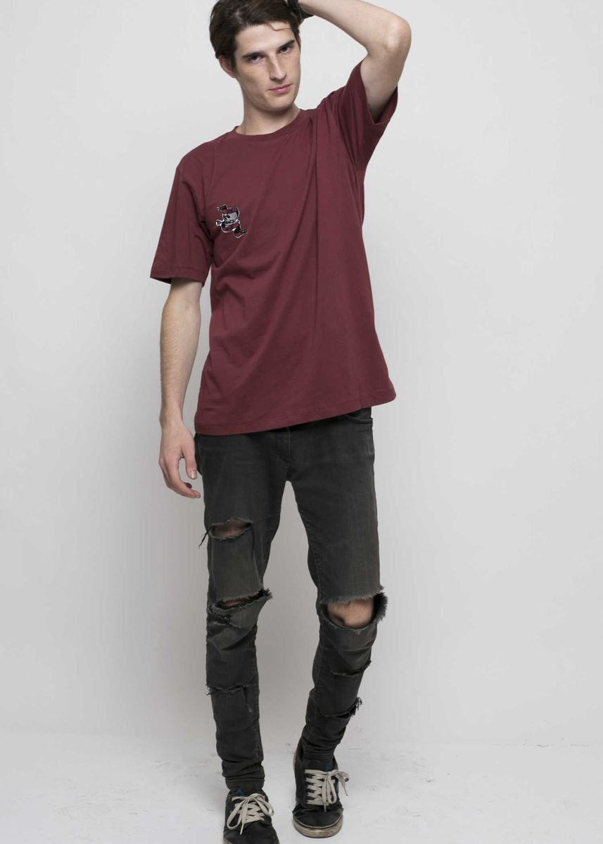 Maroon color Kaus Oblong & Polo . Monstore - Die Heart Patch Tee -