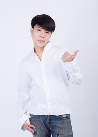 White color Formal Shirts . Quattro - ผ้าลายเสือ -