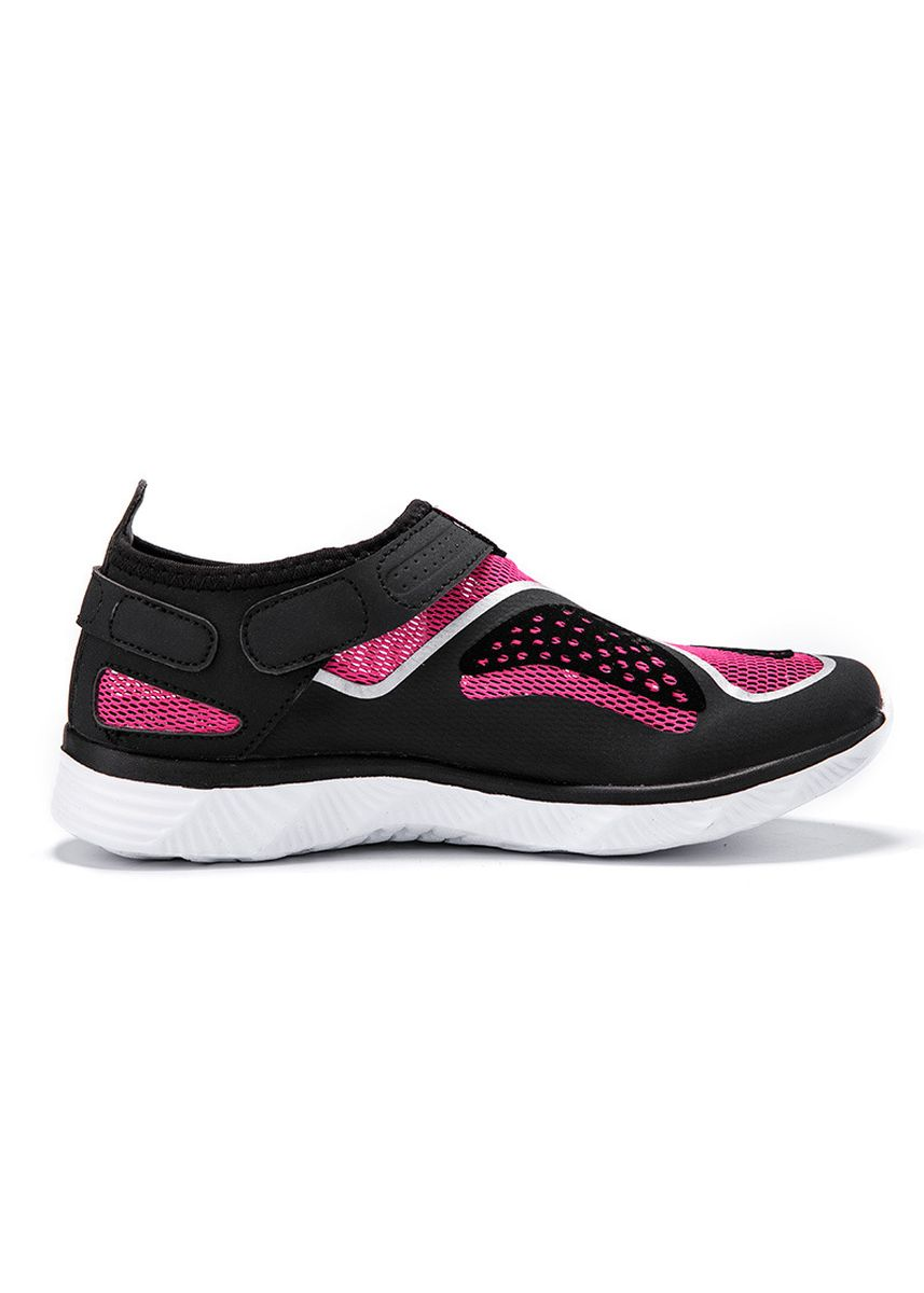 Red color Sports Shoes . Men's and women's breathable wading shoes -
