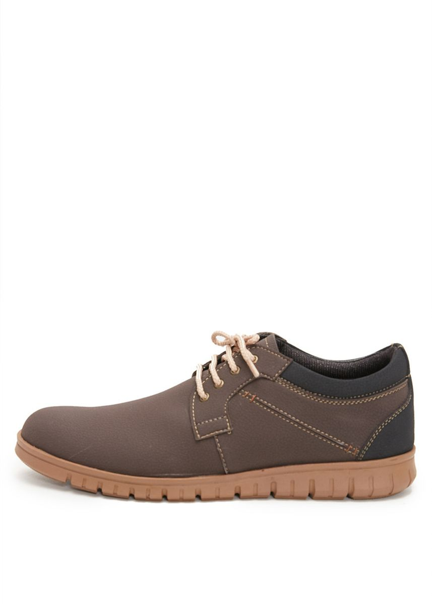 Brown color Casual Shoes . PAULMAY Sepatu Sneakers Pria Modena 02 -