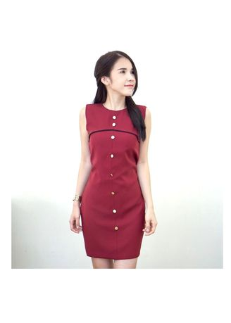 Red color Dresses . Sleeveless Dress with Gold Button in Front -