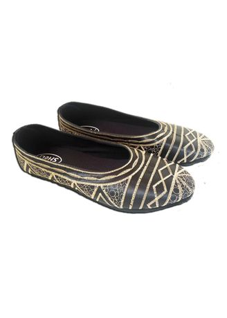 Gold color Flats . Sheli Gold Diamond Sepatu Bali Wanita Flat Shoes Women Bordir Motif Garis Permata -