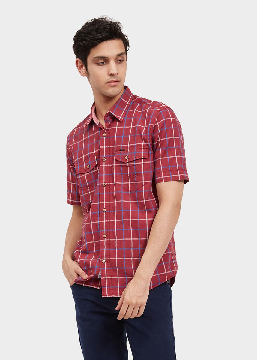 Red color Casual Shirts . USED JEANS-44Jn16 Men's Shirt Short Sleeve in Red -