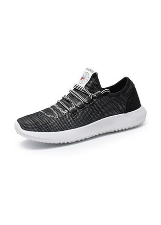 Black color Sports Shoes . Men's Fashion Breathable Causal Sports Shoes -