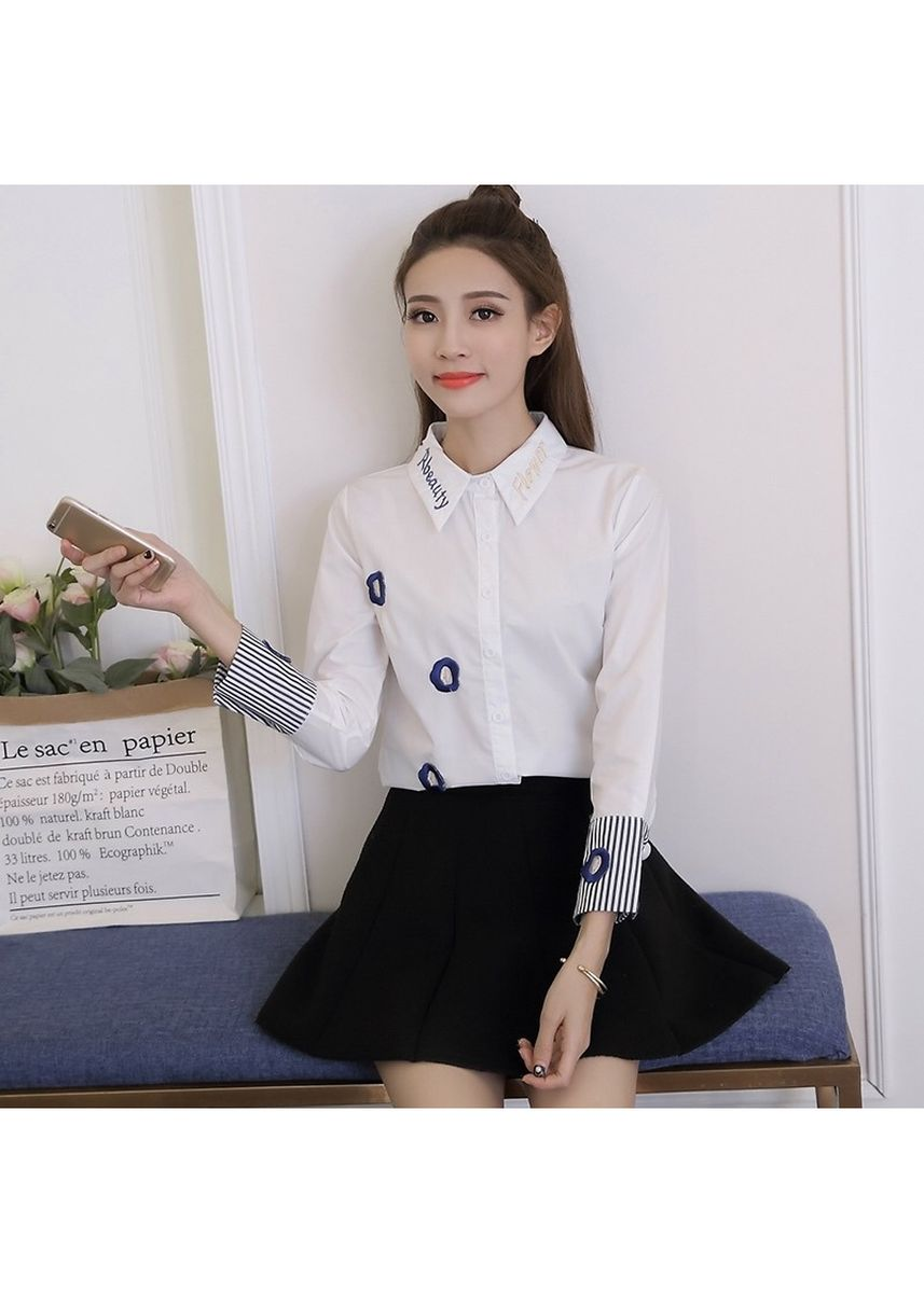 White color Tees & Shirts . Embroidery Blouse Women Casual Shirts -