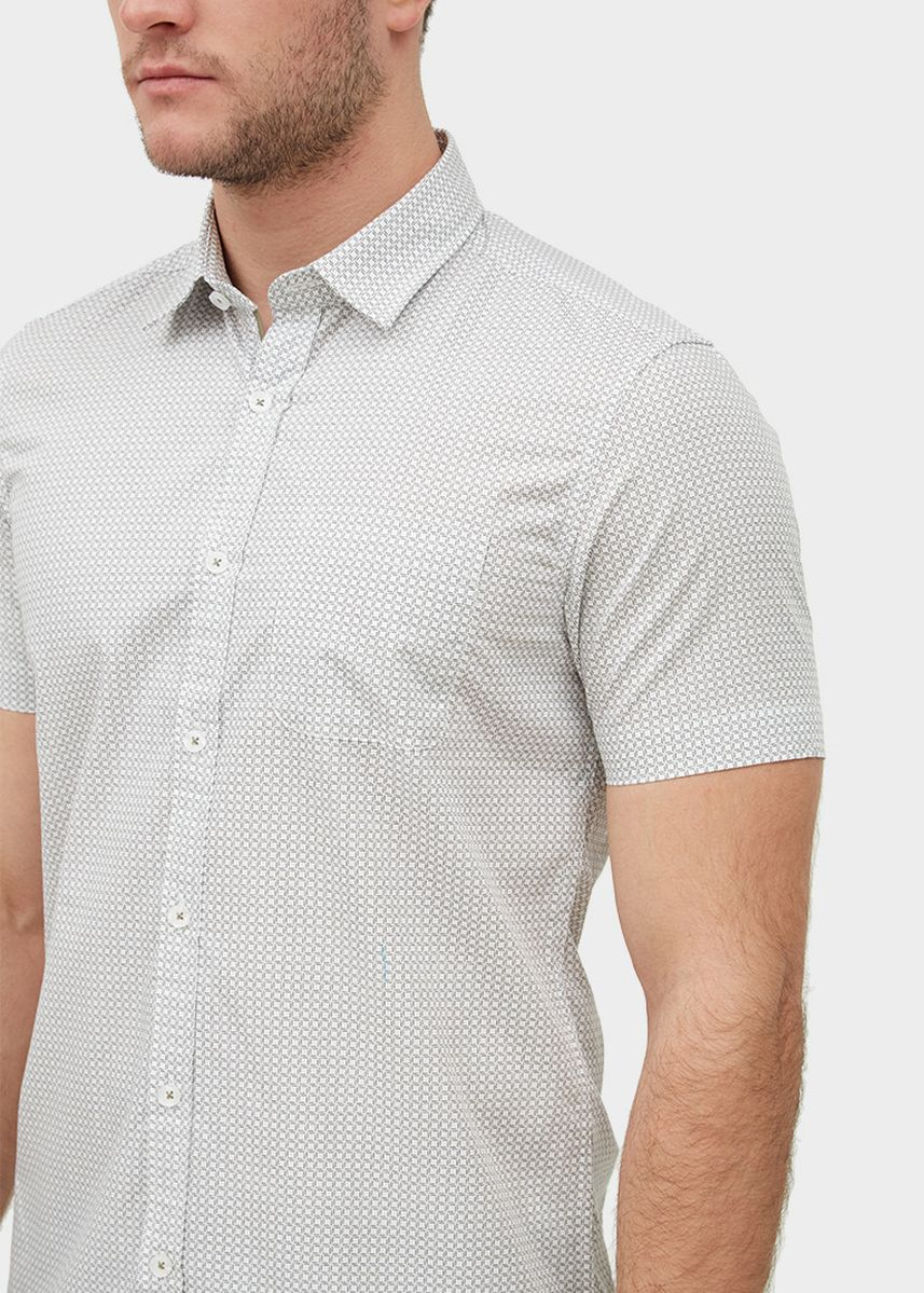 Light Grey color Casual Shirts . S/S Slim Fit Pocket Shirt With Square Print -