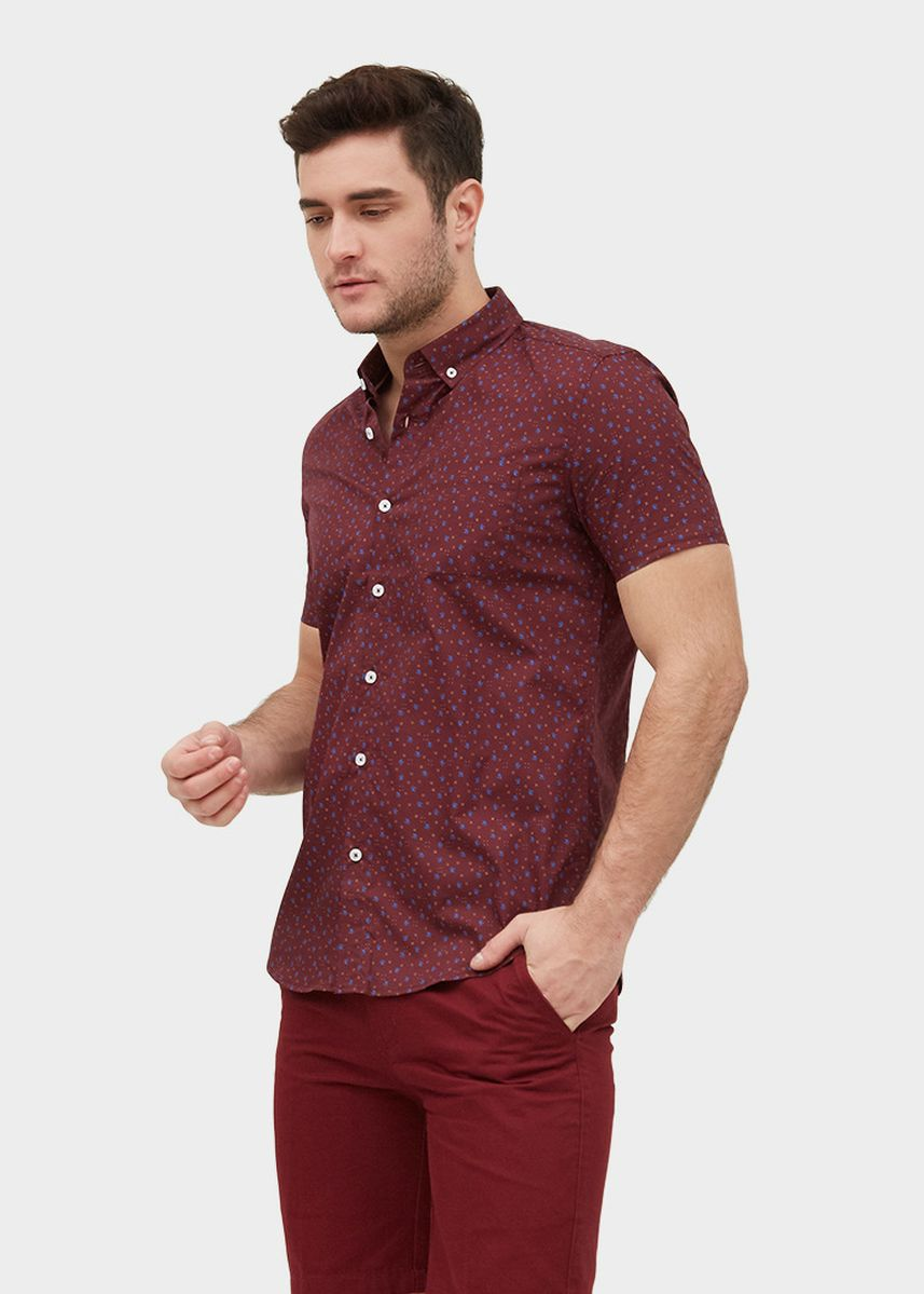 Red color Casual Shirts . S/S Slim Fit Shirt With Snowflake Print -