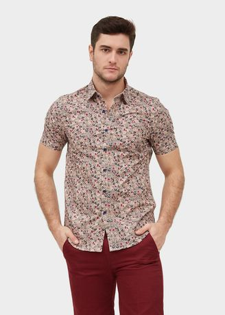 Pink color Casual Shirts . S/S Slim Fit Shirt With Flower Print -