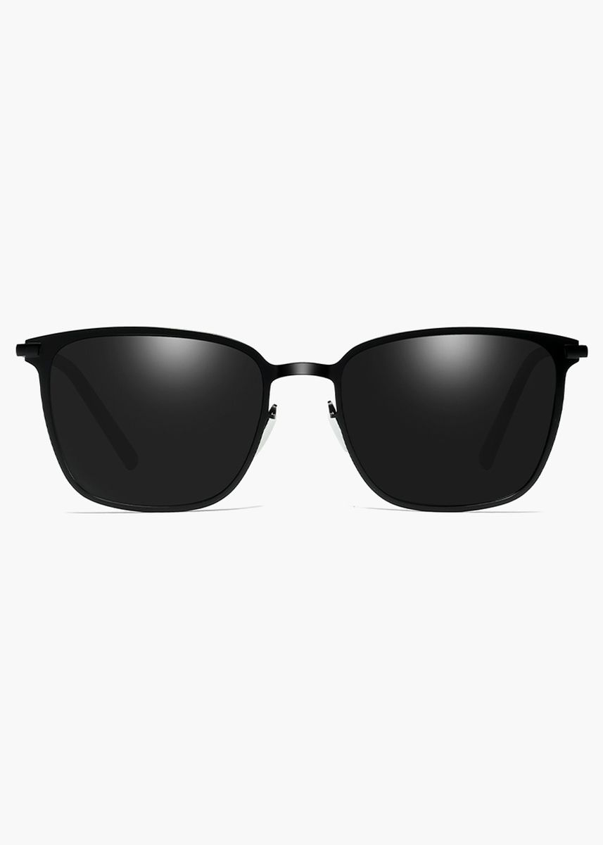 Black color Sunglasses . Man  Fashion and Cool Driving Sunglasses With Polarization Lens Technology  -