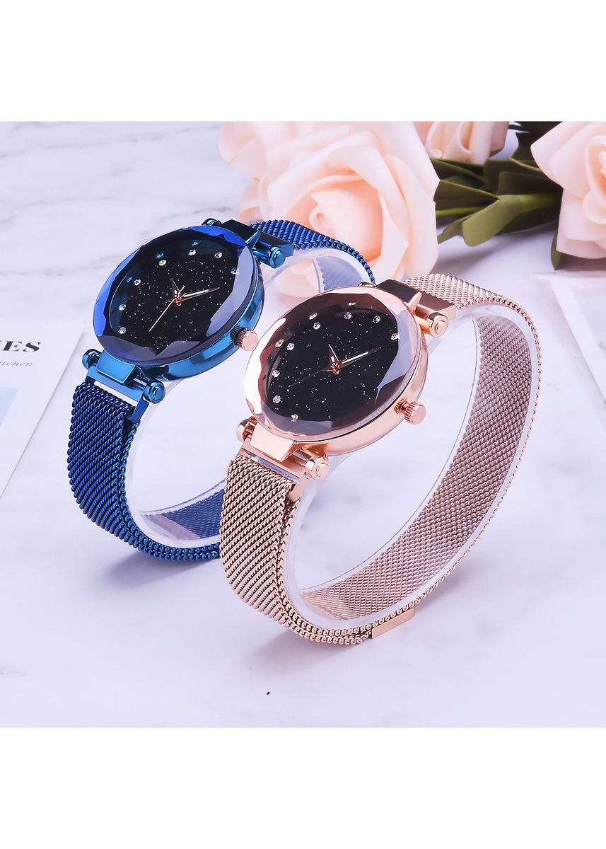 Pink color Chronographs . Milan with A Woman's Watch Pop Korean Version of Fashion Simple Magnet Buckle Lazy Star Watch Women -