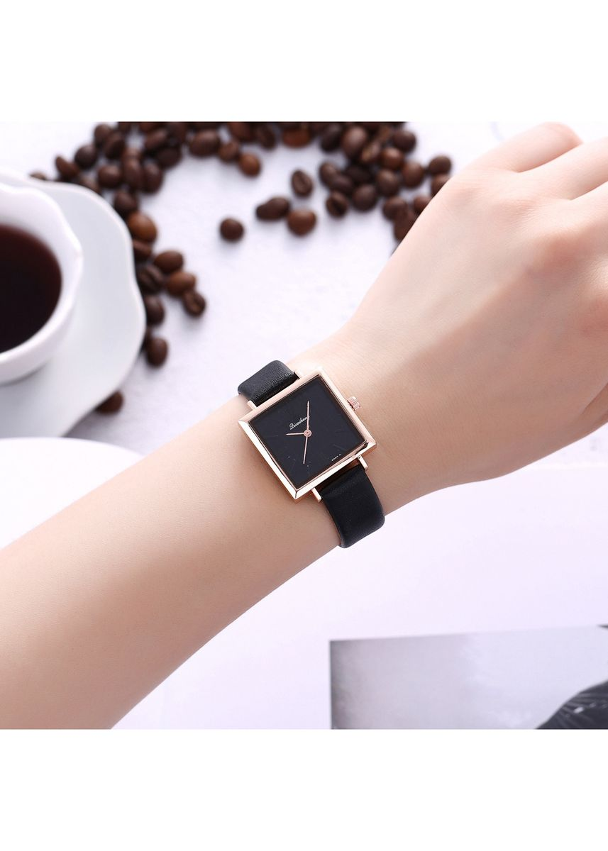 Black color Analog . Korean Version of The Stylish Square Dial Simple Scale Lady Quartz Watch Female Student Wrist Table -