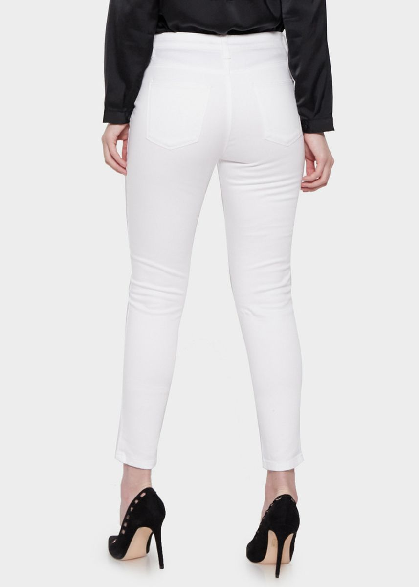 Putih color Celana Panjang . Morphidae Brielle Women Pants in White -