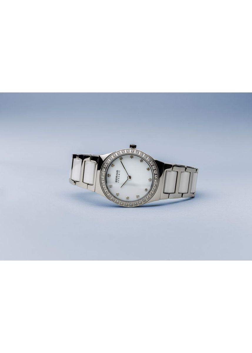 Silver color Analog . Ceramic 32430-754 White Dial 30 mm Women's Watch -